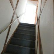 階段:現地(2021年10月)撮影
